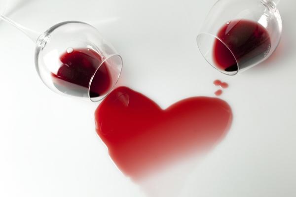 Vino, čaša i ljubav